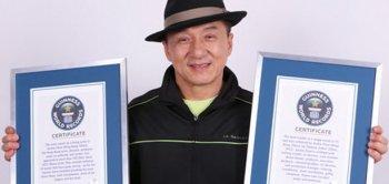 Джеки Чан удостоился двух сертификатов